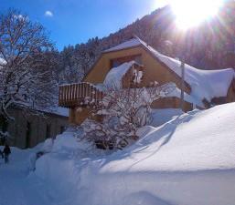 Hébergement pour les classes de neige dans les Pyrénées